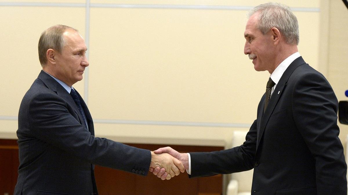 В Кремле назвали успешным опыт назначения в регионы людей из ФСО