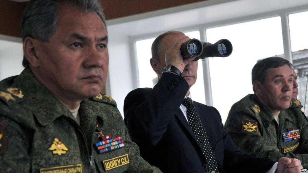 """Запад """"раскусил"""" план Путина: полномасштабные военные учения в России не связаны с """"мегавойной"""""""
