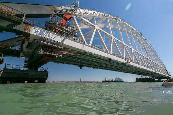 Чем Керченский мост помешал Украине