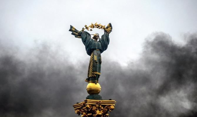 Киевский священник пообещал кару хунте: Господь начнет гвоздить по горбам и головам негодяев