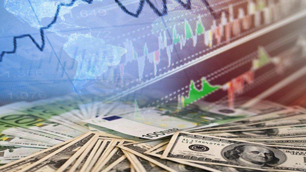 Банк Российской Федерации резко опустил курсы доллара иевро