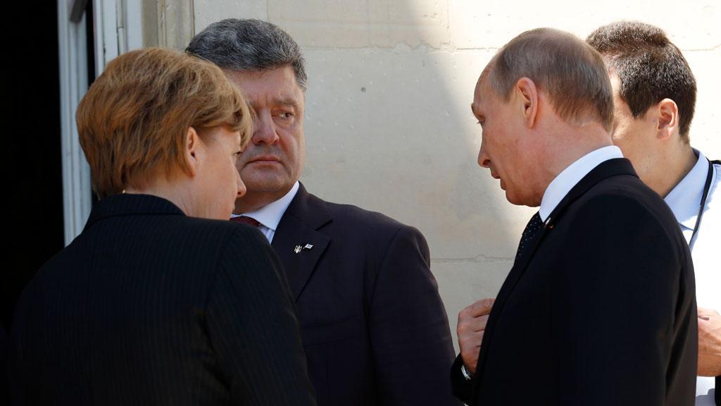 """Порошенко надеется, что его """"возьмут"""" в """"нормандскую четверку"""""""