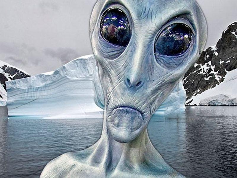 Уфолог нашел трапециевидный НЛО внебе над Антарктидой