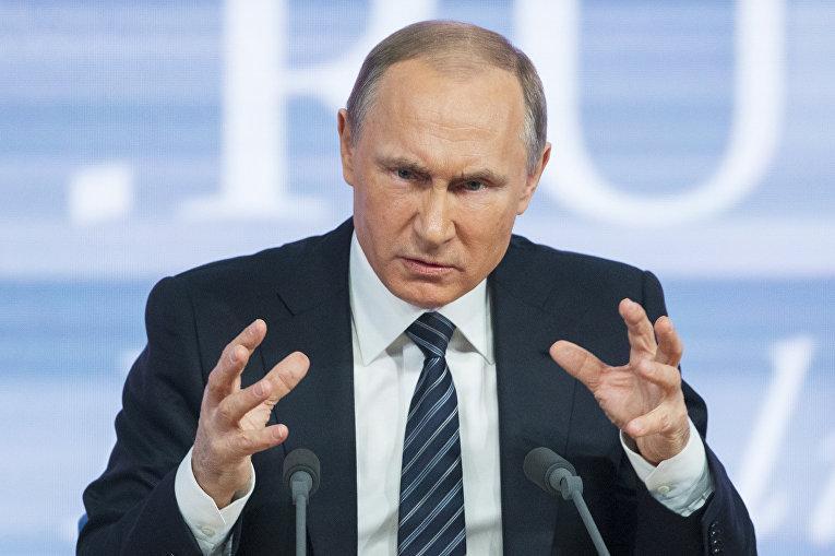 Путин жестко раскритиковал работу Правительства, сказав, что нельзя морочить людям головы