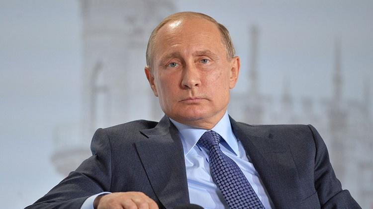 Путин разъяснил, почему Европа поддержала удар США поСирии