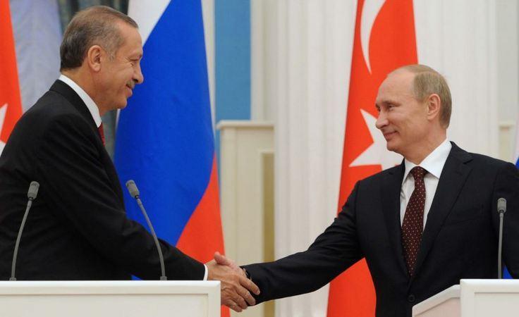 Путин пообещал вернуть на прилавки России некоторые товары из Турции
