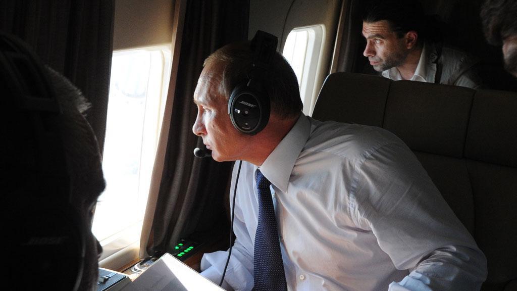 Уникальные фото Керченского моста, снятые с президентского вертолета Путина, появились в сети