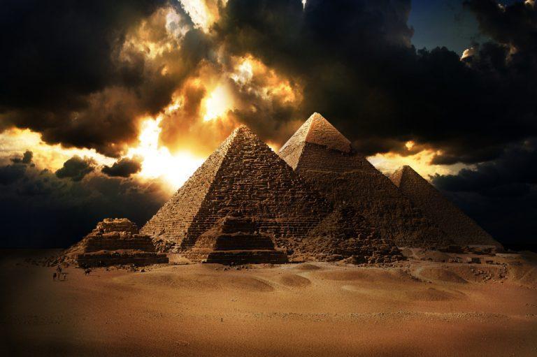 «Пирамида Хеопса скрывает дату прилета Нибиру» –Девид Мид