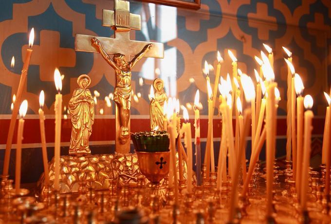 Радоница 17 апреля 2018: расписание богослужений, как поминать усопших