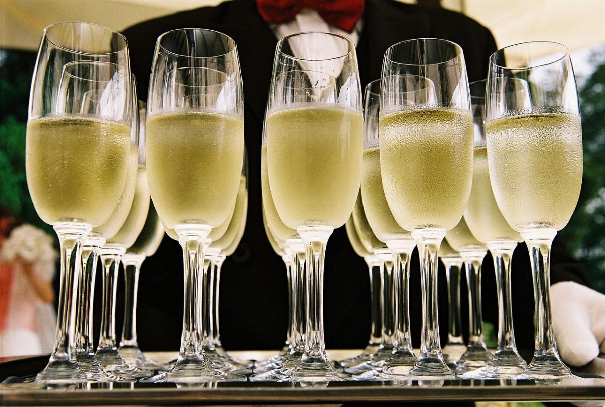 В Роскачестве рассказали, чем винный напиток отличается от вина