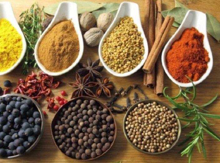 Определена четверка специй и трав, которая поможет бороться с серьезными заболеваниями, от диабета до рака