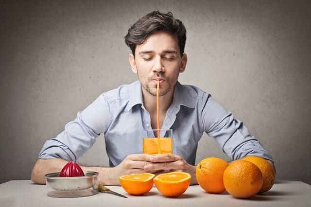 Эксперты назвали 5 крайне полезных свойств апельсинового сока