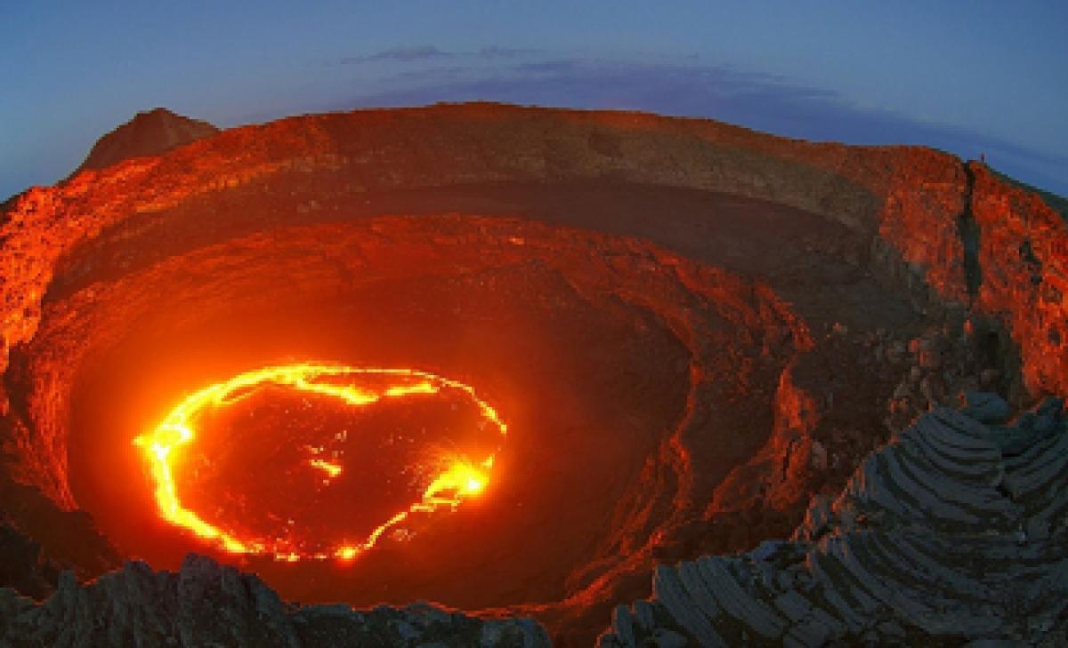 Йеллоустоун в боевой готовности: закипание кальдеры вулкана сулит США страшные беды