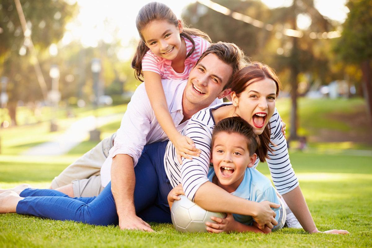 Какие черты характера ребенок наследует от отца, а какие от матери, рассказали ученые