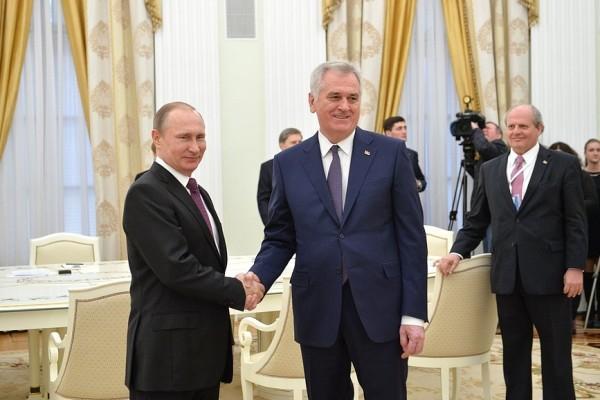 Сербский президент рассказал обусловиях для вступления страны вЕС