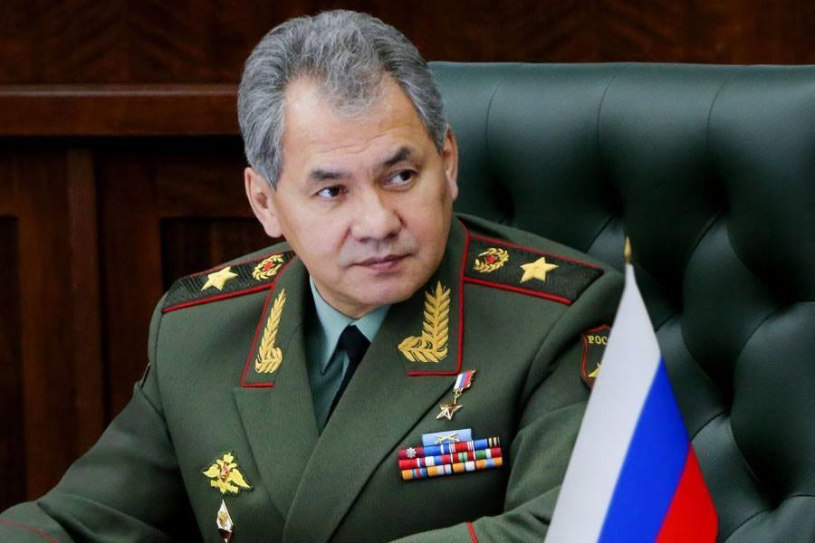 Шойгу представил войскам ВДВ нового командира