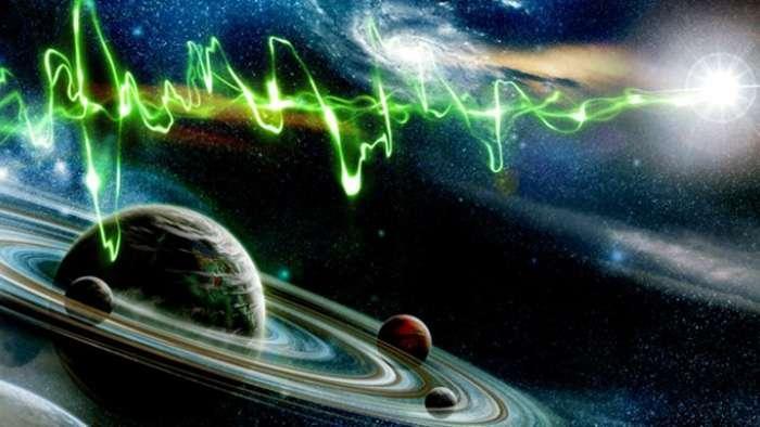 Антенны инопланетян, обнаруженные на комете Чурюмова—Герасименко и на Луне, могут быть источником загадочных радиосигналов