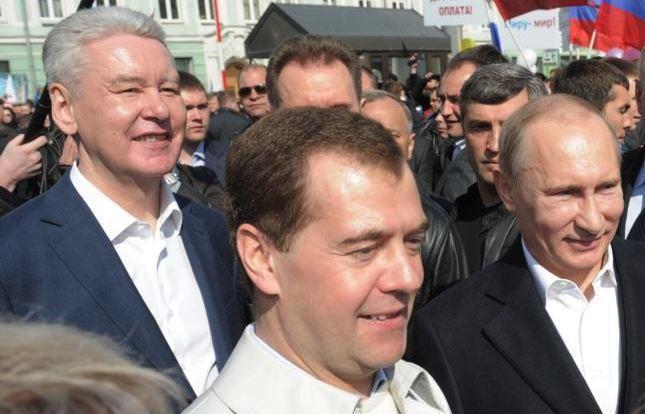 Медведев иСобянин названы самыми вероятными преемниками Владимира Путина