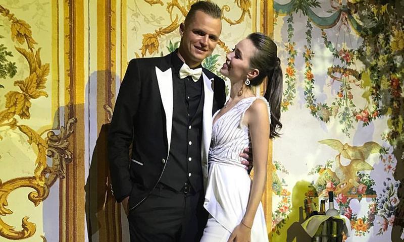 Анастасия Костенко намекнула на скорую свадьбу с Дмитрием Тарасовым