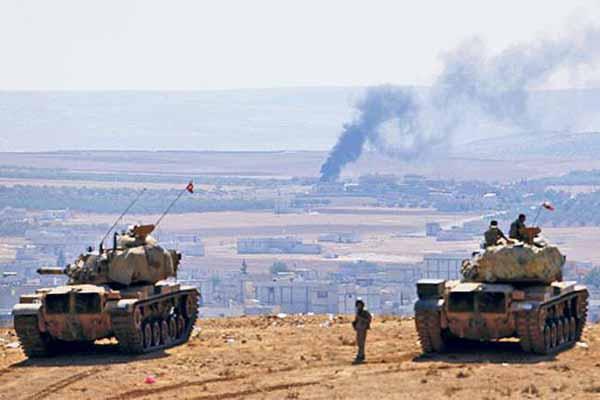 Турция ввела танки иартиллерию натерриторию Сирии