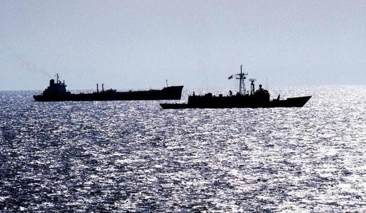 На борту танкера, задержанного Ираном, находятся три россиянина