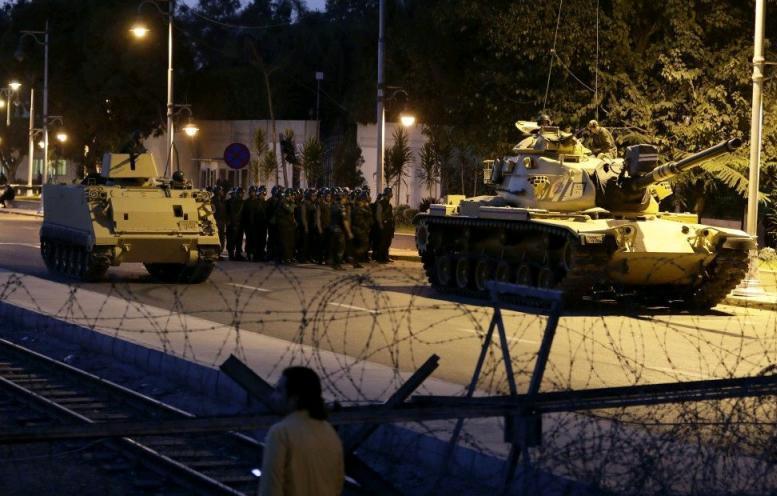 Экс-главком ВВС Турции Акын Озтюрк признался в организации переворота