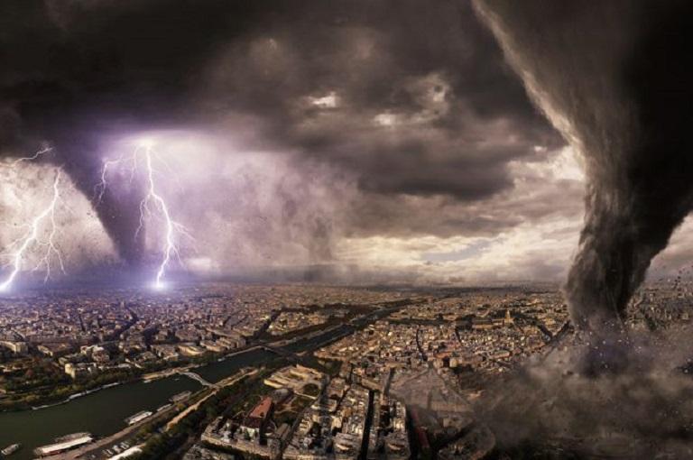 Нагрев атмосферы вызовет разрушительные ураганы на Земле - ученые