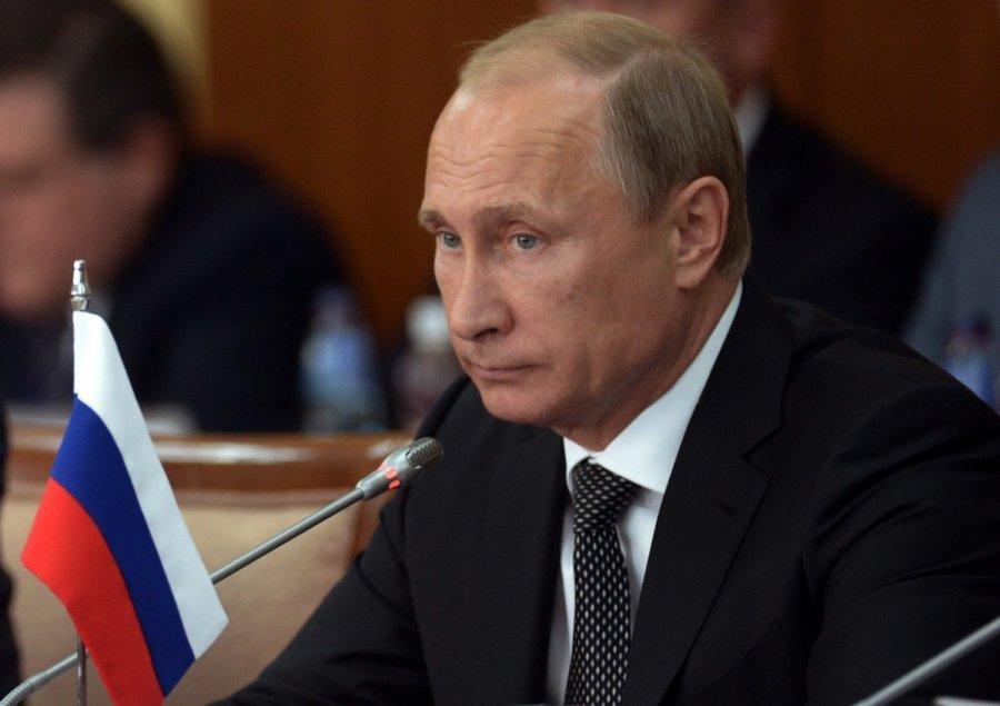 Путин впервые официально заявил о республиках на Донбассе