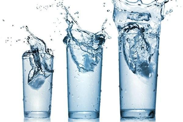 Ученые доказали, что лишнее употребление воды неприносит пользы человеку