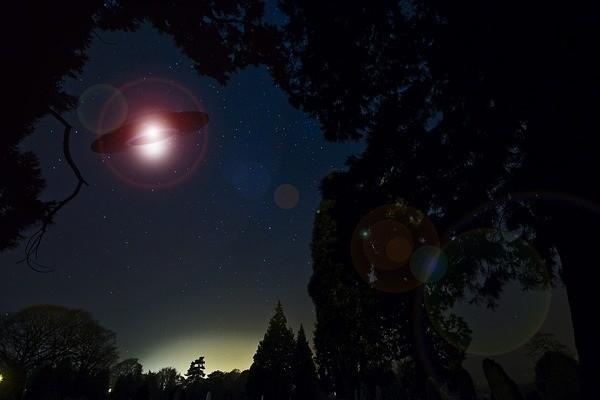 В Астрахани появились инопланетяне – человек-инкогнито