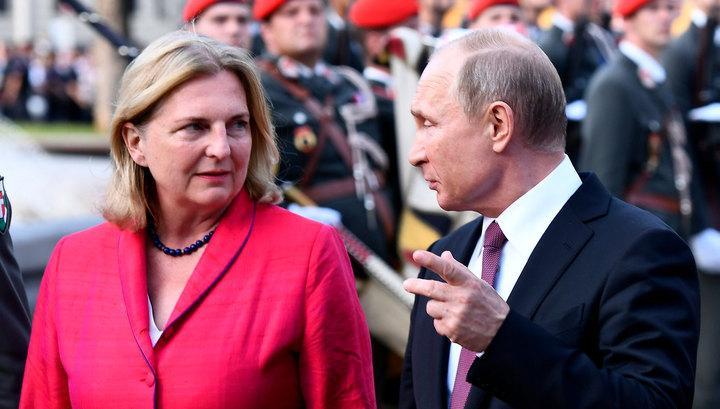 Во всем видят подвох: Главе МИД Австрии поставили ультиматум, из-за визита Путина – СМИ