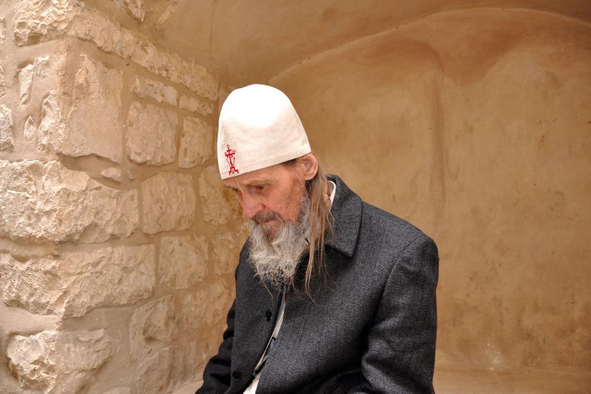 Старец Иона Одесский в предсмертном предсказании предрек «тревожную судьбу» доллару и Украине