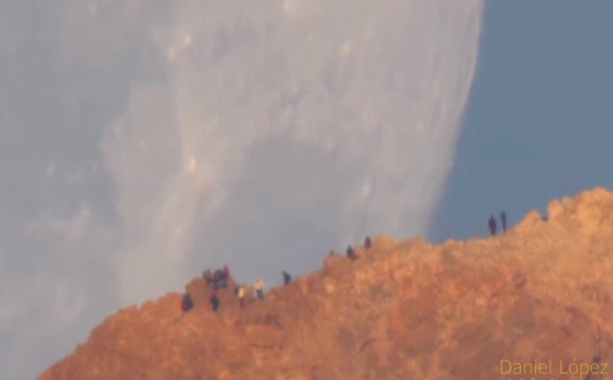 Луна спустилась на землю