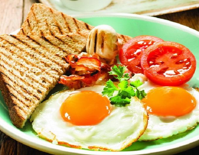 Эксперты назвали лучшие продукты на завтрак для здоровья и.