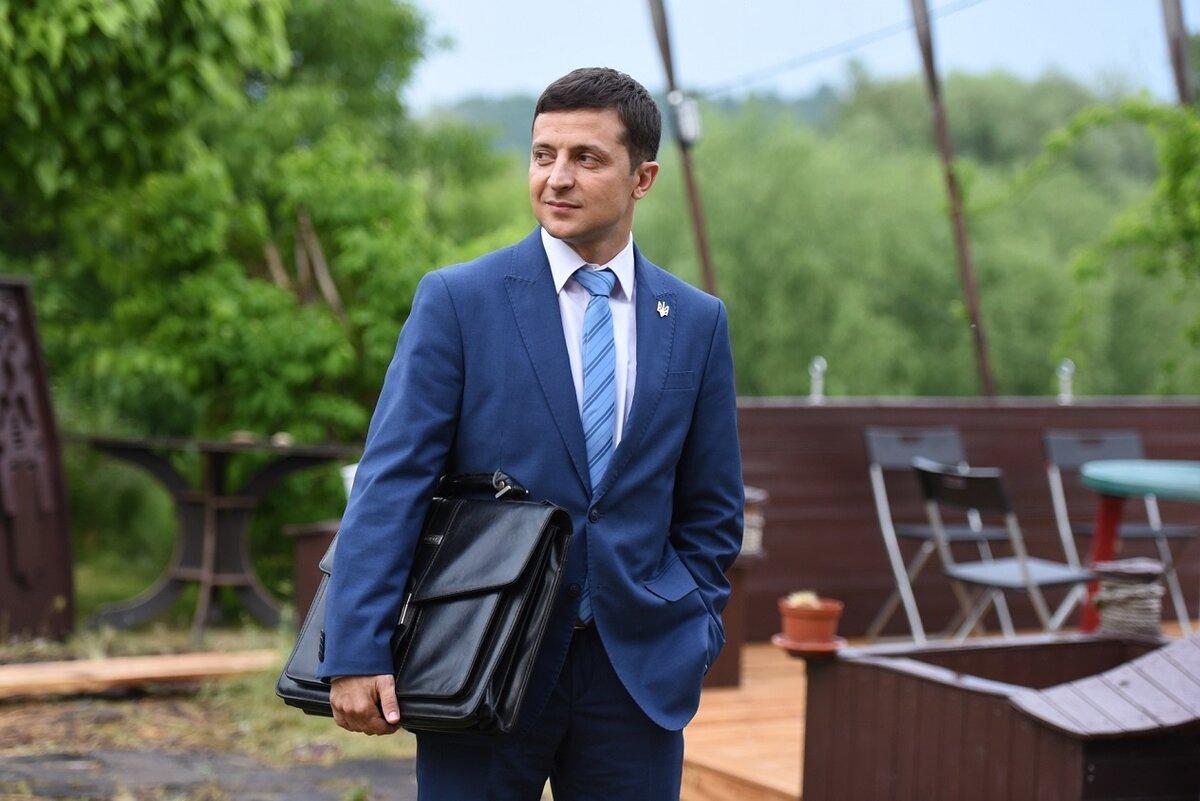 Зеленского пригласили на чемпионат по поеданию шаурмы в Ростов