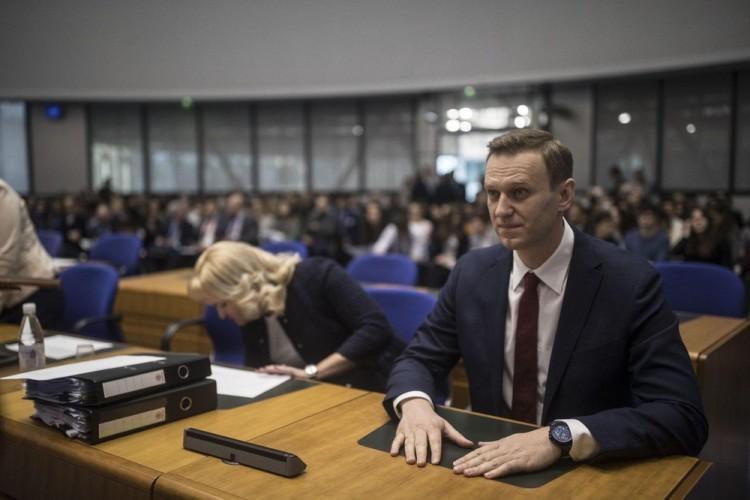 ЕСПЧ обязал Россию выплатить Навальному более 60 тысяч евро