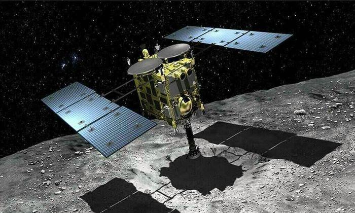 "Космический зонд ""Хаябуса-2"" начал посадку на астероид Рюгу"