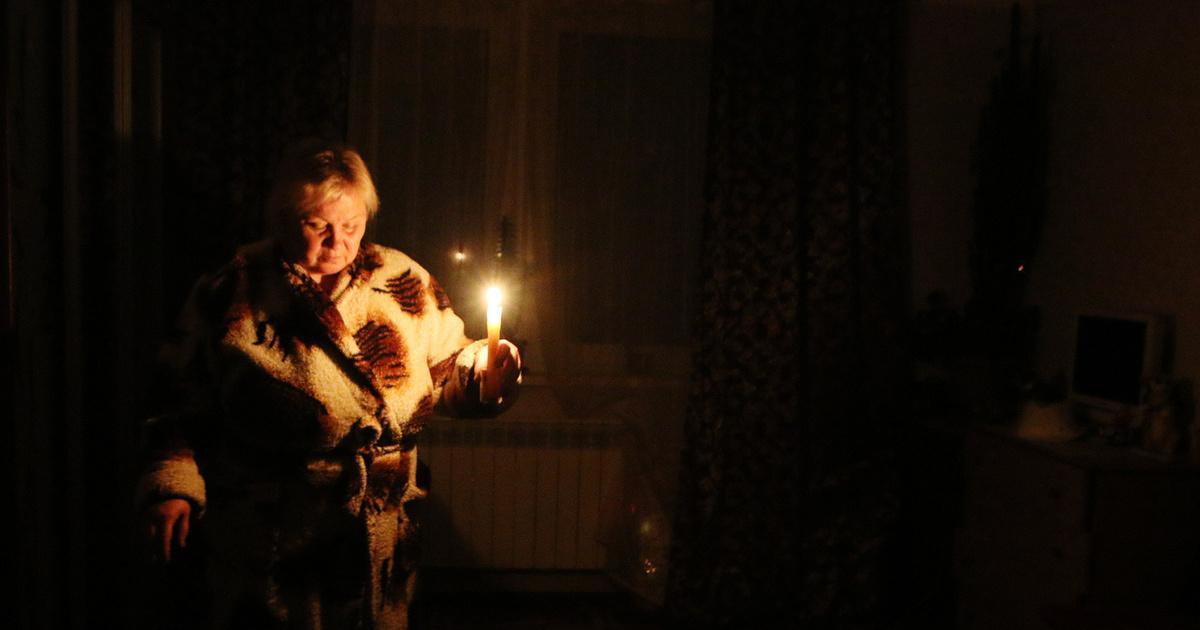 В Крыму из-за ненастья остались без электричества почти 8 тысяч жителей