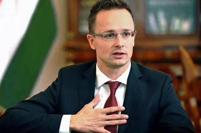 Венгрия заблокирует Украину из-за закона о языке
