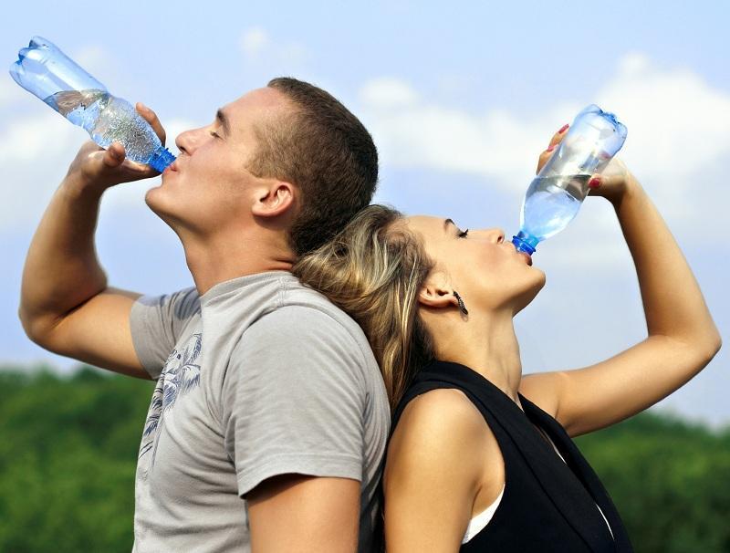 Похудение на воде: как правильно использовать «водную диету»
