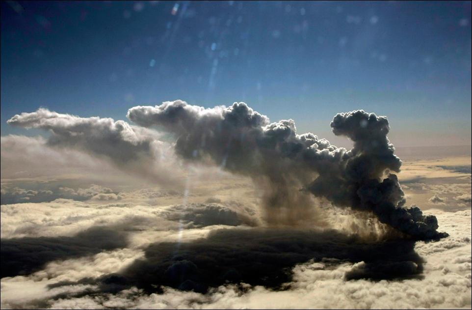 Вулканический пепел может засыпать Аляску спустя 100 лет после извержения