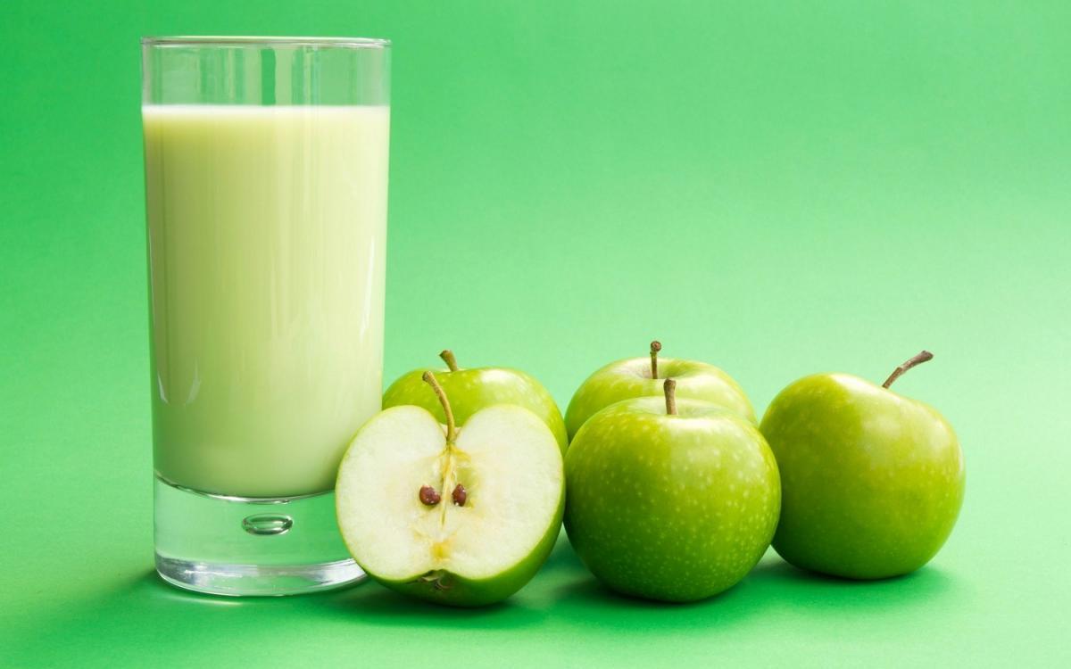 Яблочный сок опасен даже для здоровых людей