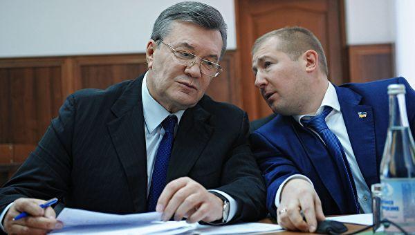 Адвокат Януковича пообещал опубликовать документы о событиях на «майдане»