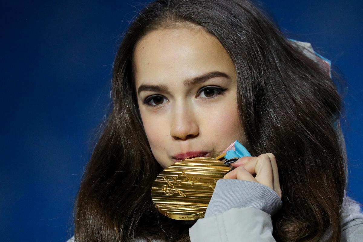 Алина Загитова медаль