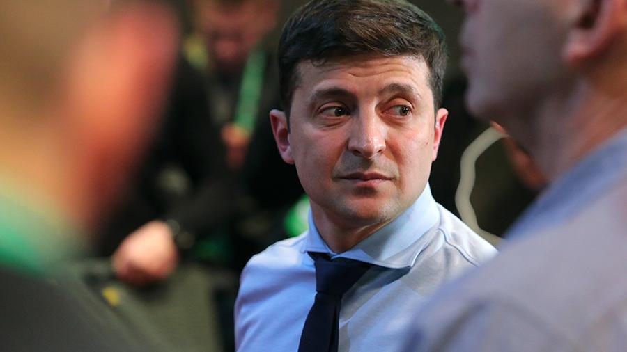 Зеленский проголосовал на выборах и рассказал, как прошло его утро