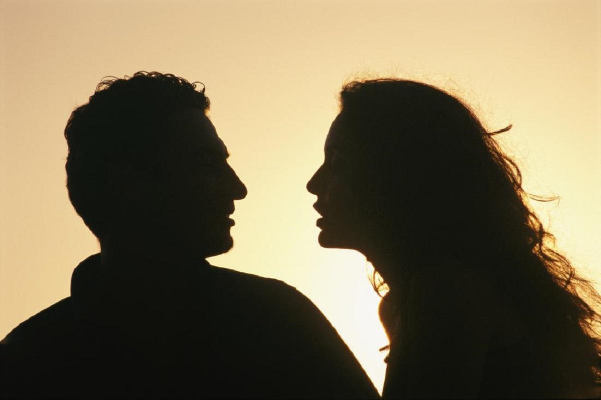 Почему мужчинам вредно жениться, а женщинам полезно менять партнёров