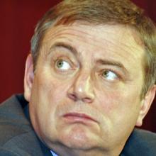Анатолия Пахомова в отставку