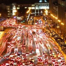 Новые правила ПДД, изменения с 1 января 2018 года: светоотражающие жилеты, «ЭРА-ГЛОНАСС», «Об ОСАГО», новые дорожные знаки и тахографы - последние новости