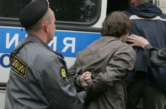 Полиция ловила наркоманов