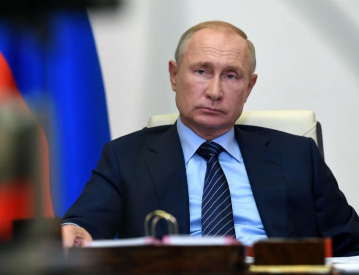 Серия коротких ударов Путина, загнавших США в тупик